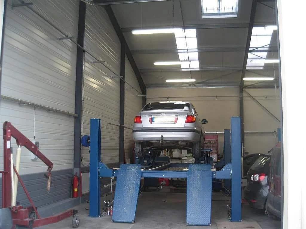 Garage automobile près de Saint-Etienne